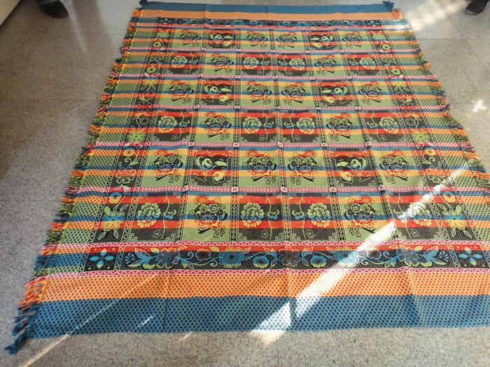 8色线毯04